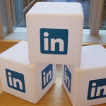 8 Reasons for Promoting a Business Through LinkedIn