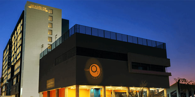 Luxurious 5 Star Hotel in Ahmedabad - Grand O7